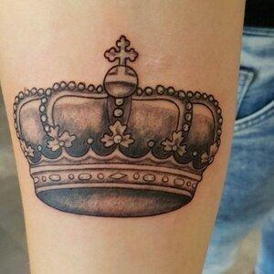 Crown Tattoos image 1