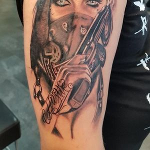 Crown Tattoos image 3