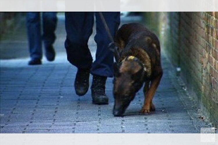 Rechercheur in vrije tijd betrapt samen met partner inbrekers