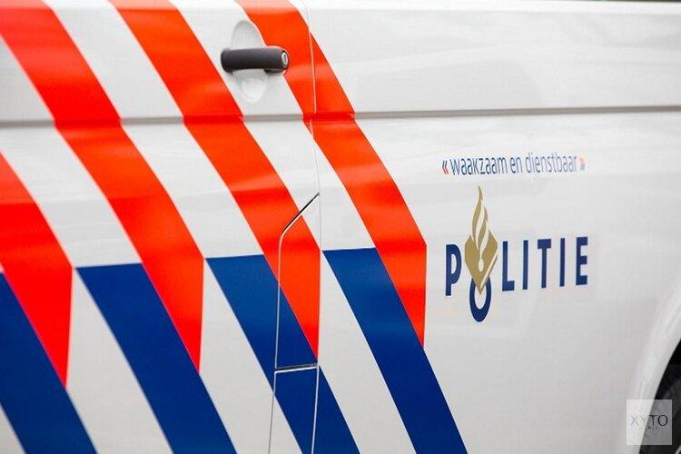 Motoragent geschept door automobilist in Amstelveen