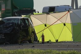 A2 richting Amsterdam afgesloten wegens groot ongeval