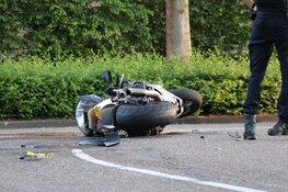 Twee motorfietsen tegen elkaar in Amstelveen