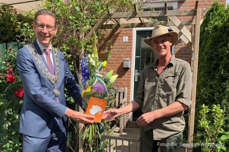 Bloemen voor Amstelveense veteranen