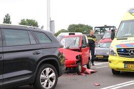 Man overleden na aanrijding Burgemeester Rijnderslaan