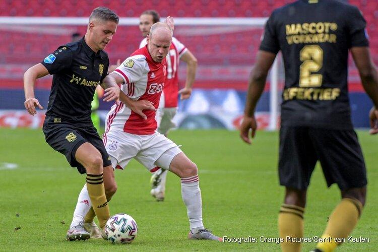 Ajax simpel langs SC Heerenveen, Klaassen viert rentree met goal