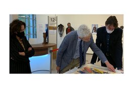 Tussen Kunst en Kitsch-taxateur beoordeelt gemeentelijk kunstbezit